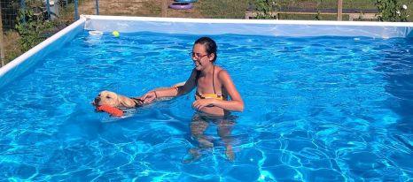 Milo in piscina