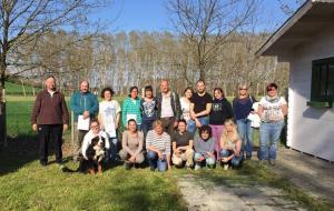 Seminario sullo sviluppo del cucciolo, sulle modalità di apprendimento animale e problemi comportamentali: foto di gruppo